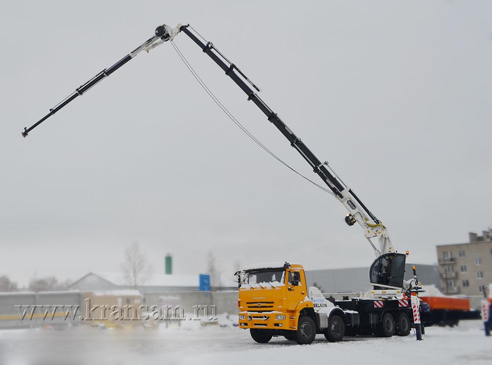 """ООО """"СПМ"""" произвела первый автомобиль КАМАЗ с тяжелым КМУ"""